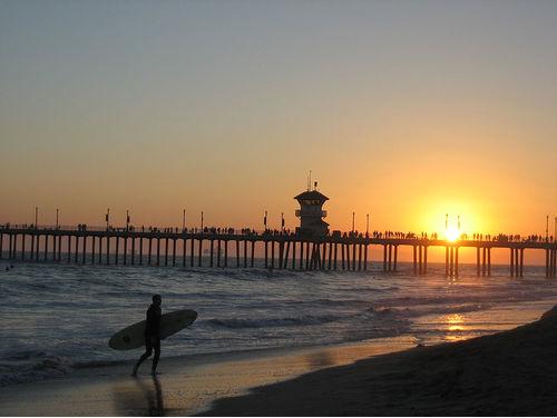 Huntington(highres) Pier Surfer