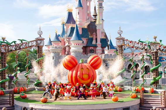Halloween Season at Disneyland | Adventures in Anaheim