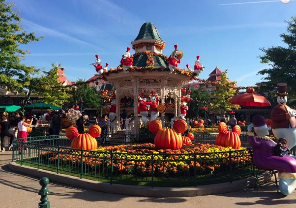 halloween decorations at disneyland california - Disneyland Hours Halloween