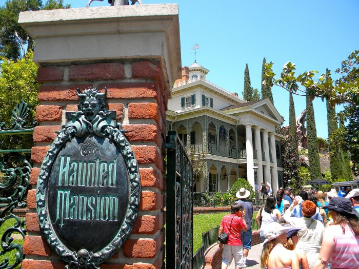 The Haunted Mansion in Disneyland in 2010