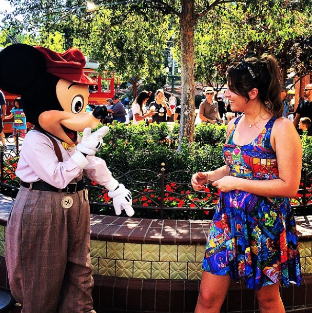 Mickey and Kate meeting at Disneyland for the first time on Sep 4 2014