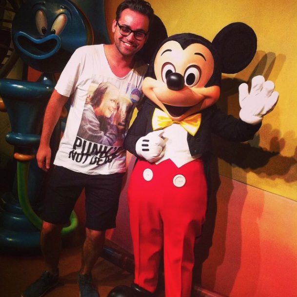 Téki taking a souvenir picture with Mickey on October 23 2014 at Disneyland Anaheim