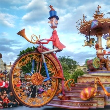 Disneyland Soundsational Parade 2015